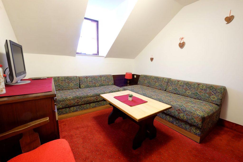 Familienzimmer Standard Alpenhotel Marcius Nassfeld Sonnleitn